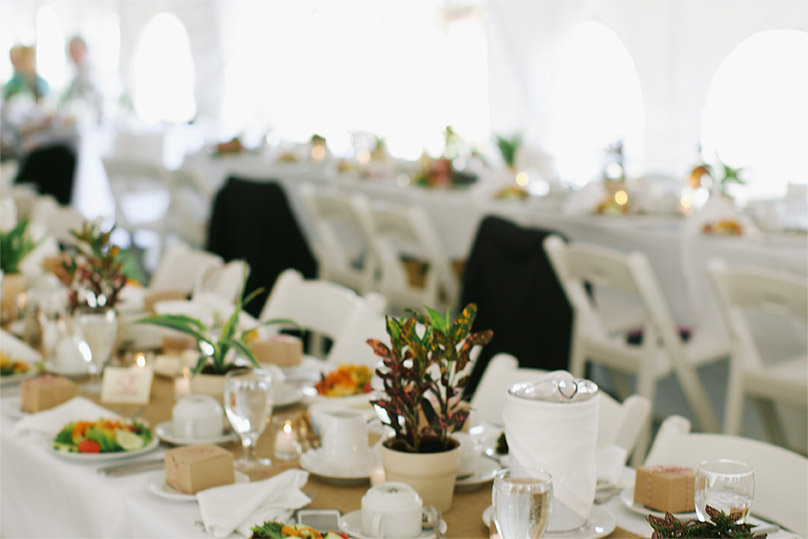 Our outdoor wedding venues nh include tent weddings with beautiful place settings