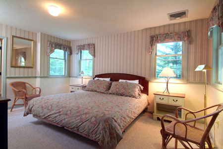 The Livery Stable Cottage Rental in Jackson NH