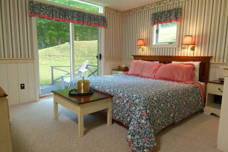 The Sleigh House Cottage Rental in NH