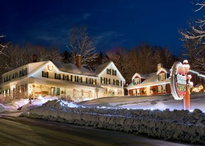 Christmas Farm Inn and Spa - A winter's night