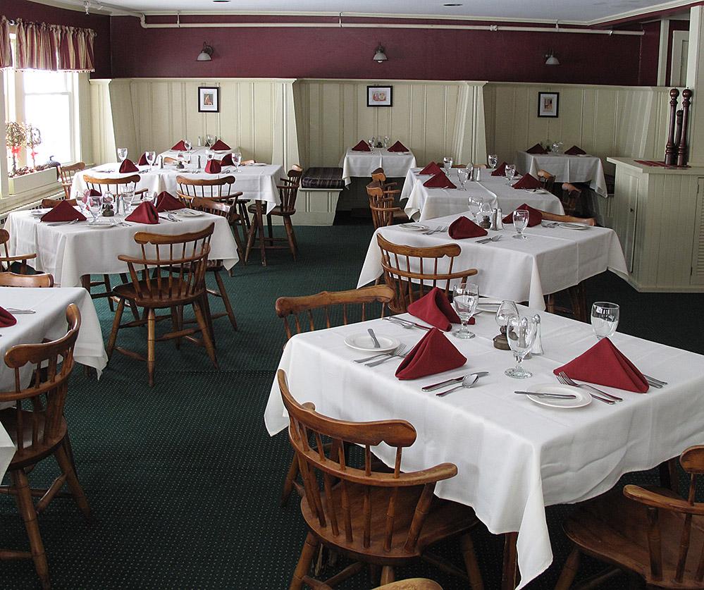 Christmas Farm Inn restaurant
