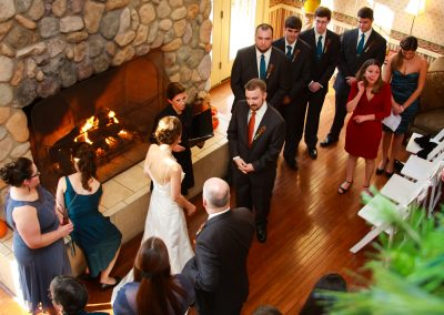 christmas-farm-inn-barn-wedding01