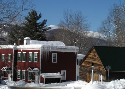christmas-farm-inn-barn-winter