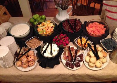christmas-farm-inn-dining-breakfast-buffet