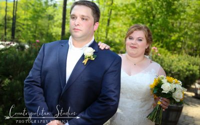 NH Weddings: The Benefits of Arranging the 'First Look'