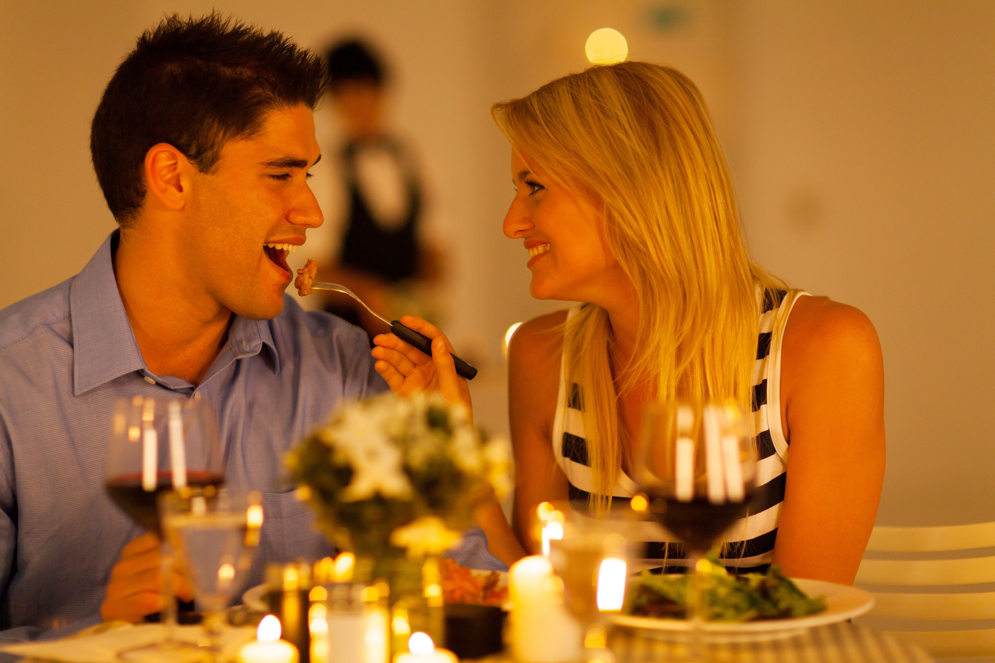 Romantic New England Inn offers Romance Package and Jackson NH Spa Services for 2